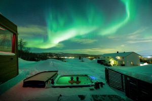 Aurora borealis forecast and livestream